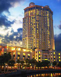 grand-copthorne-waterfront-hotel-singapore-front